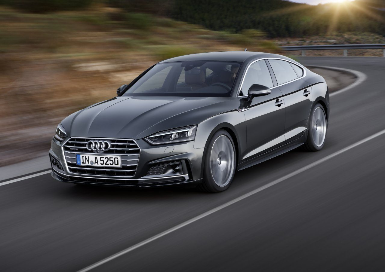 dit is de nieuwe audi a5 s5 sportback. Black Bedroom Furniture Sets. Home Design Ideas