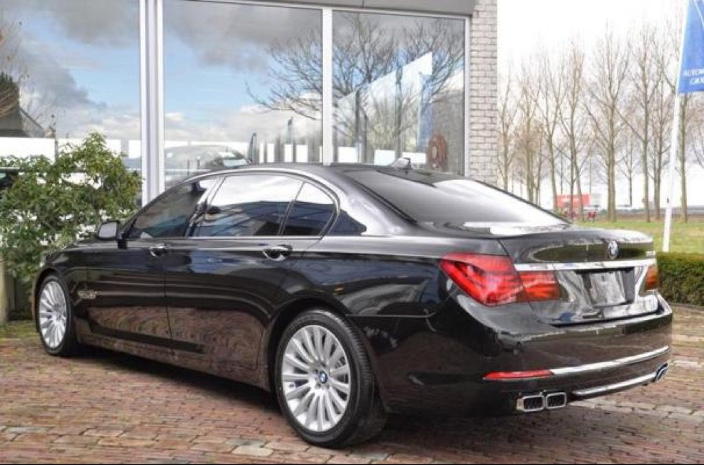 gepantserde bmw 760li is dik staat in nederland te koop. Black Bedroom Furniture Sets. Home Design Ideas