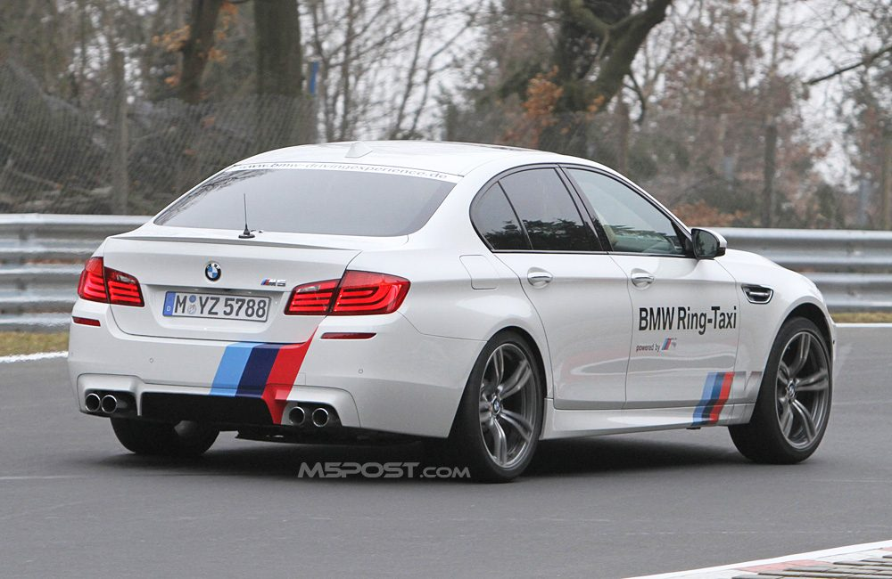 Bmw M5 Ring Taxi Verkent Zijn Werkterrein Video