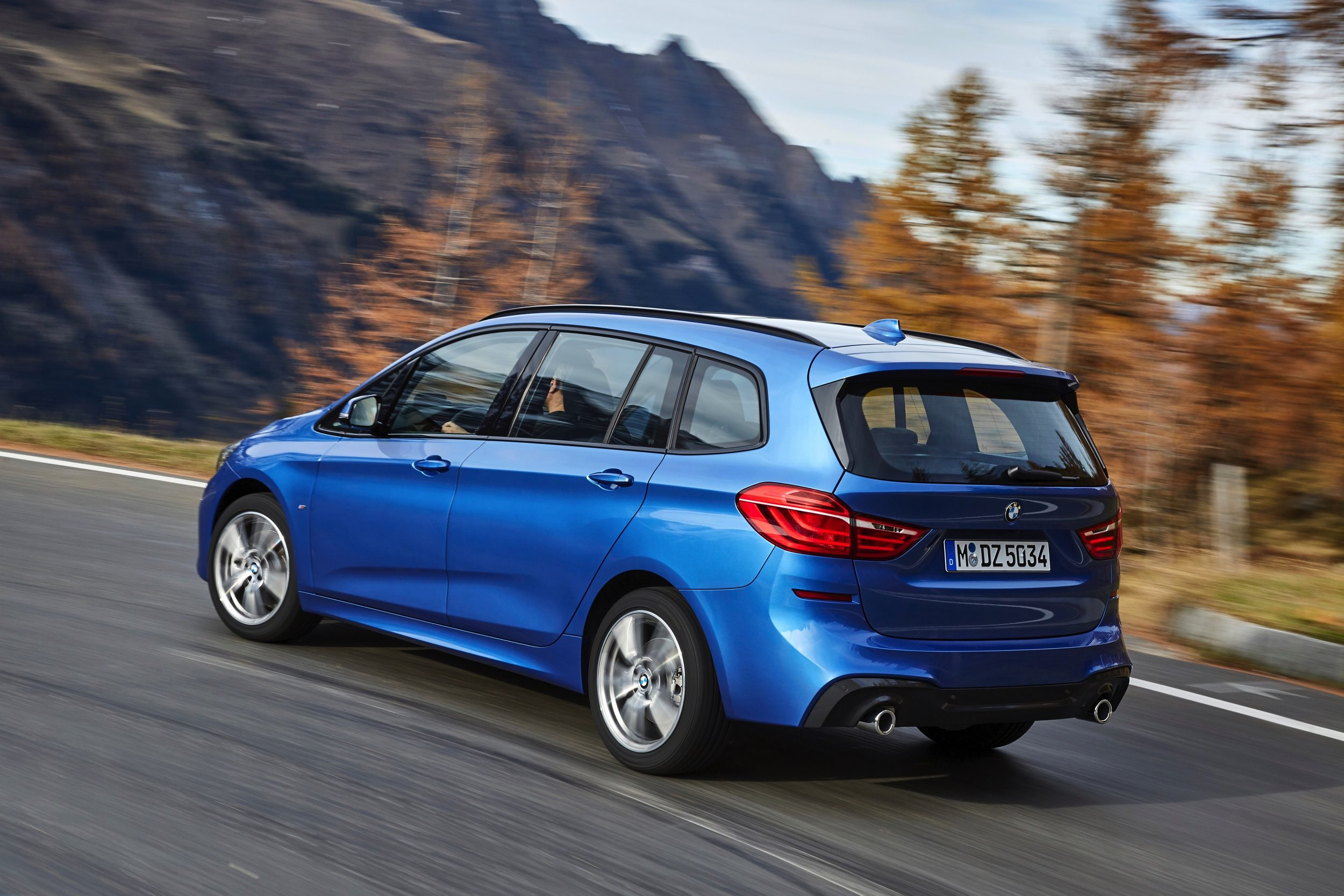 Bmw Serie Active Tourer : facelift voor bmw 2 serie active tourer en gran tourer ~ New.letsfixerimages.club Revue des Voitures