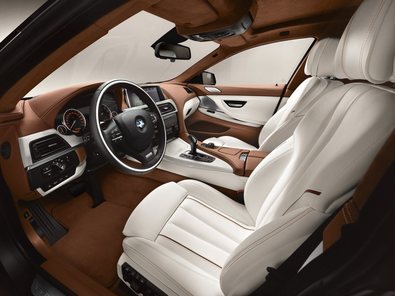 Foto bmw 6 serie gran coupe interieur bmw 6 serie gran for Bmw interieur