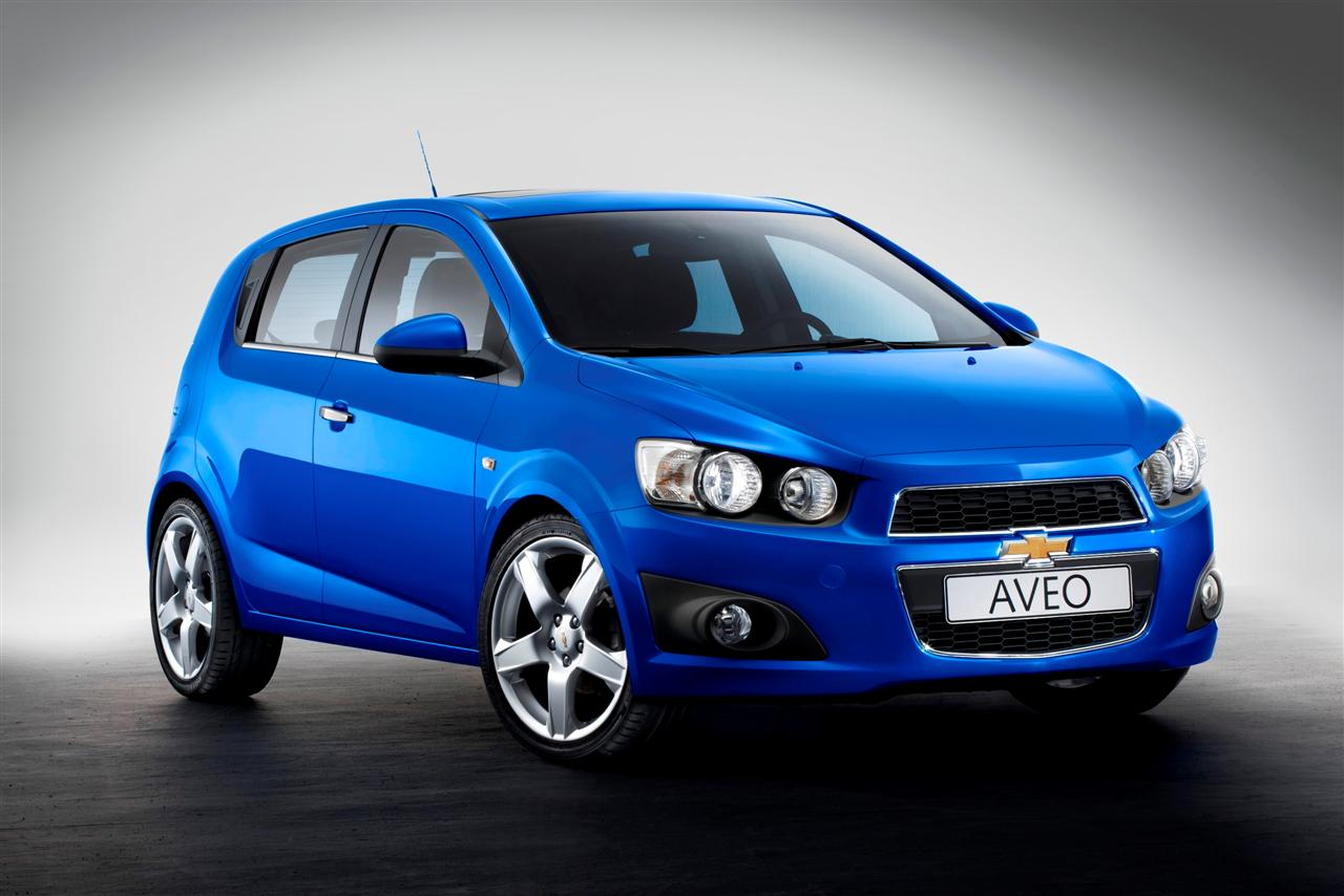 chevrolet aveo hatchback 2011 afbeeldingen. Black Bedroom Furniture Sets. Home Design Ideas