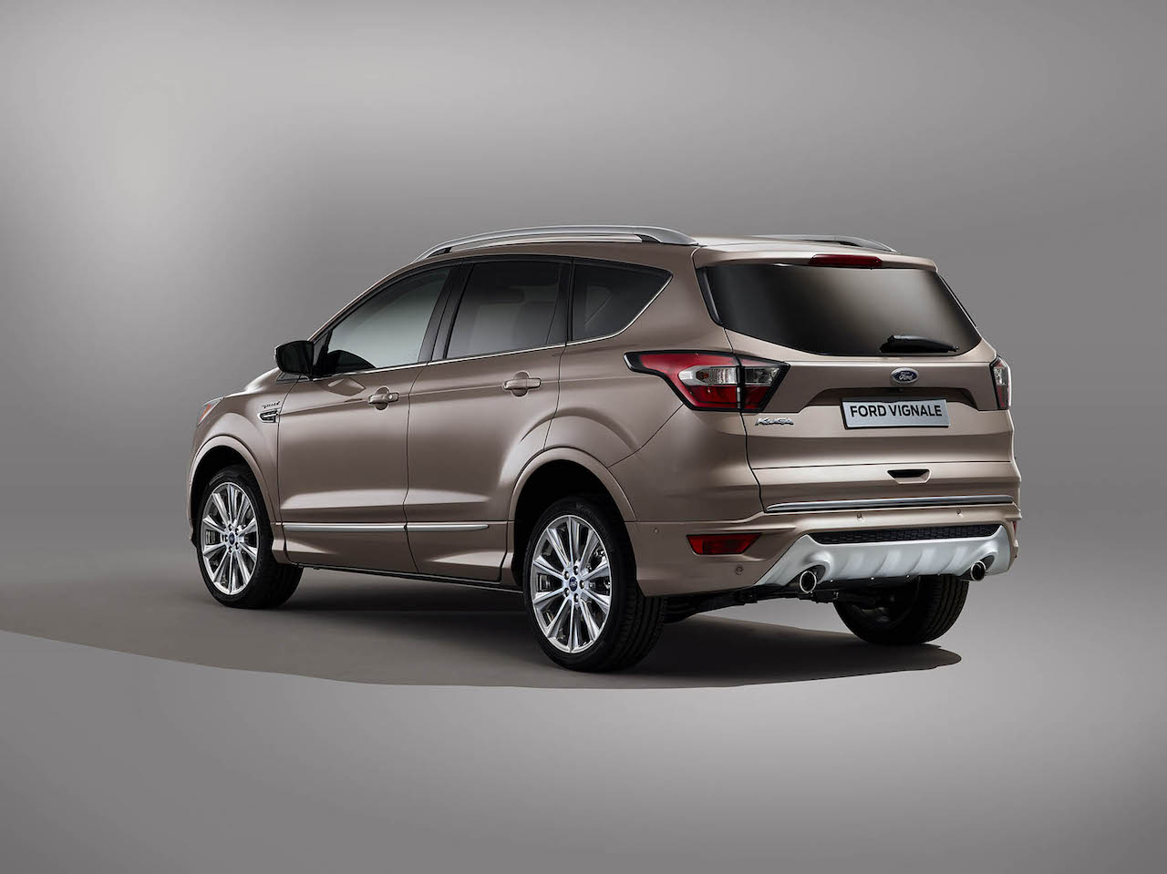 foto ford kuga vignale 2017 kuga vignale 00005. Black Bedroom Furniture Sets. Home Design Ideas