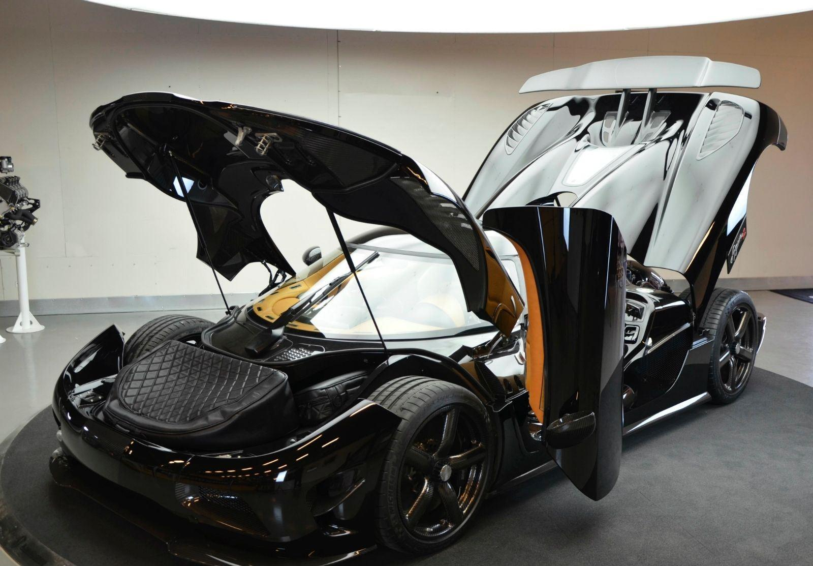 foto koenigsegg 0 divers agera r occasion koenigsegg agera r tweedehands 001. Black Bedroom Furniture Sets. Home Design Ideas