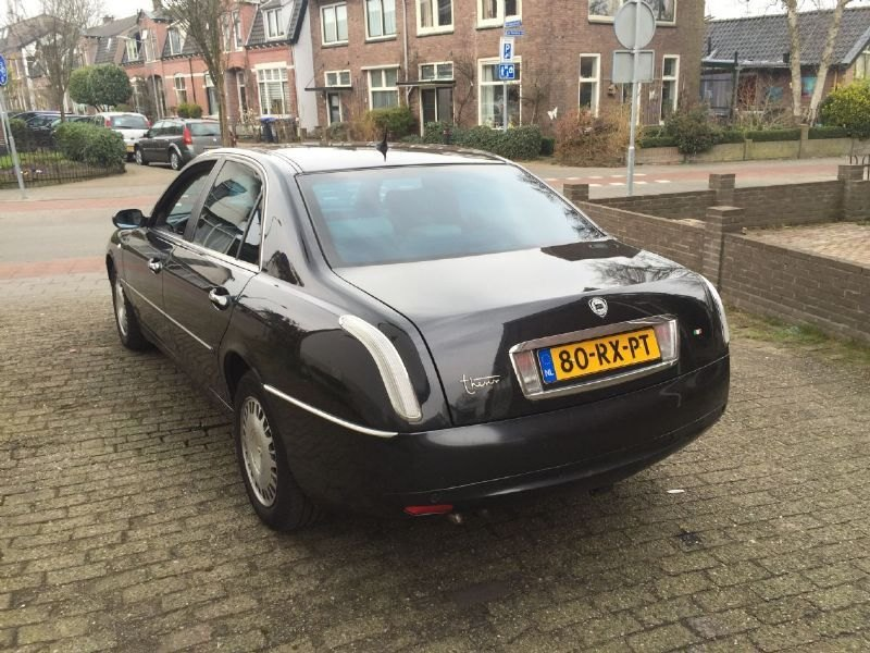 Lancia Thesis Used car