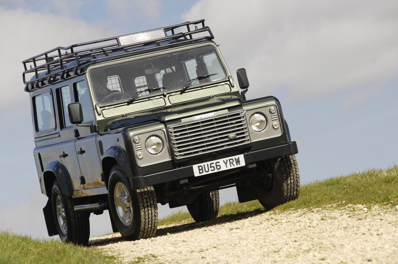 land rover defender occasion aankoopadvies. Black Bedroom Furniture Sets. Home Design Ideas