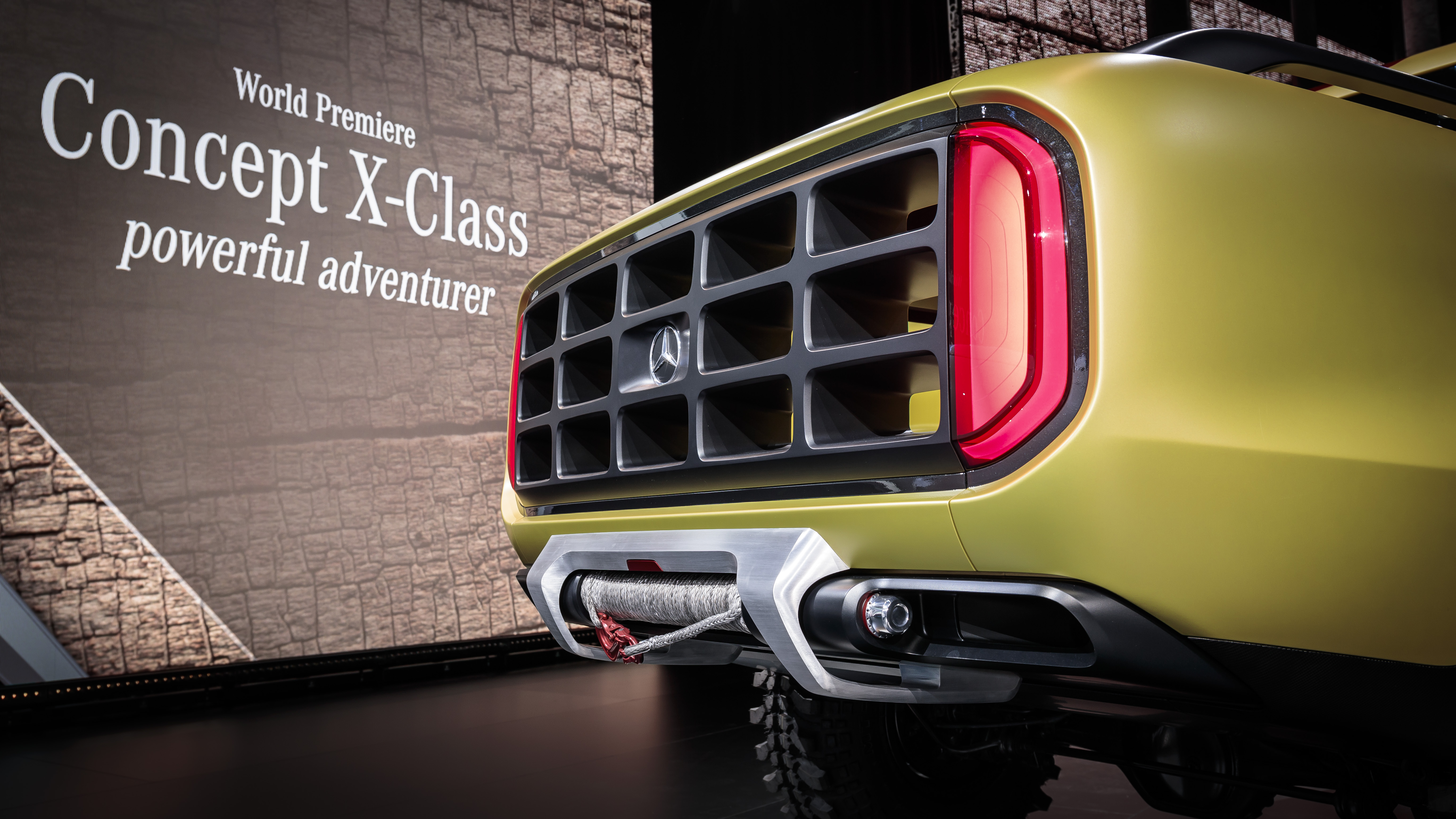 Officieel: de Mercedes Concept X-CLASS [updated] - Autoblog.nl