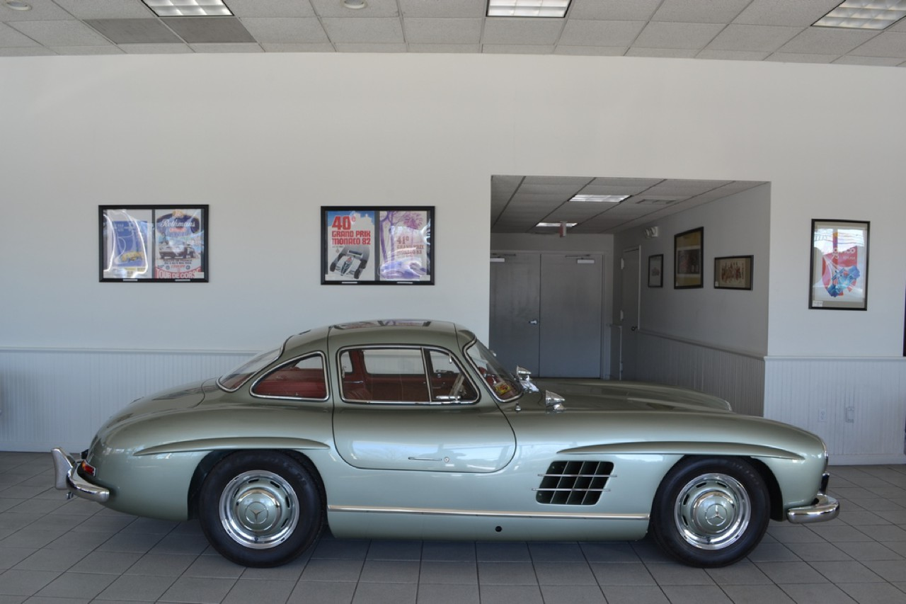 te koop mercedes 300 sl gullwing in nieuwstaat. Black Bedroom Furniture Sets. Home Design Ideas