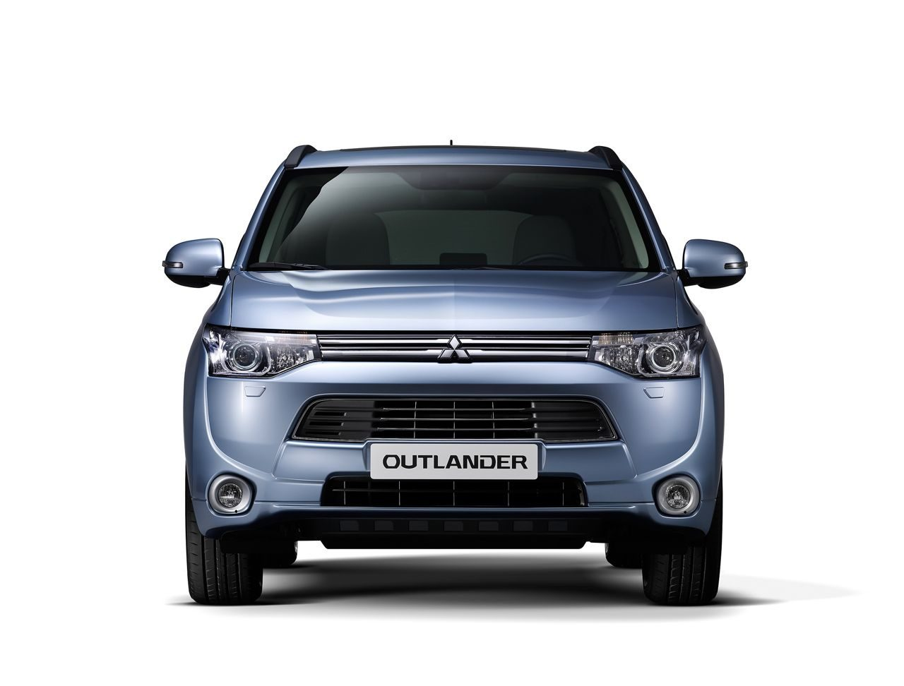 mitsubishi outlander hybrid nu al 1500 orders. Black Bedroom Furniture Sets. Home Design Ideas