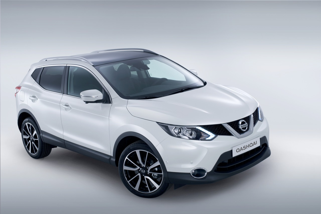 foto nissan qashqai 2014 nissan qashqai 2014 07. Black Bedroom Furniture Sets. Home Design Ideas