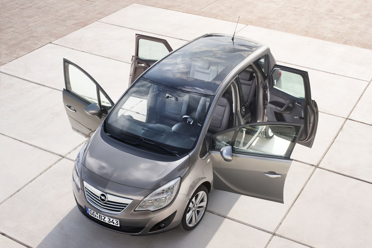 opel meriva keihard gefacelift behoudt zijn flexdoors. Black Bedroom Furniture Sets. Home Design Ideas