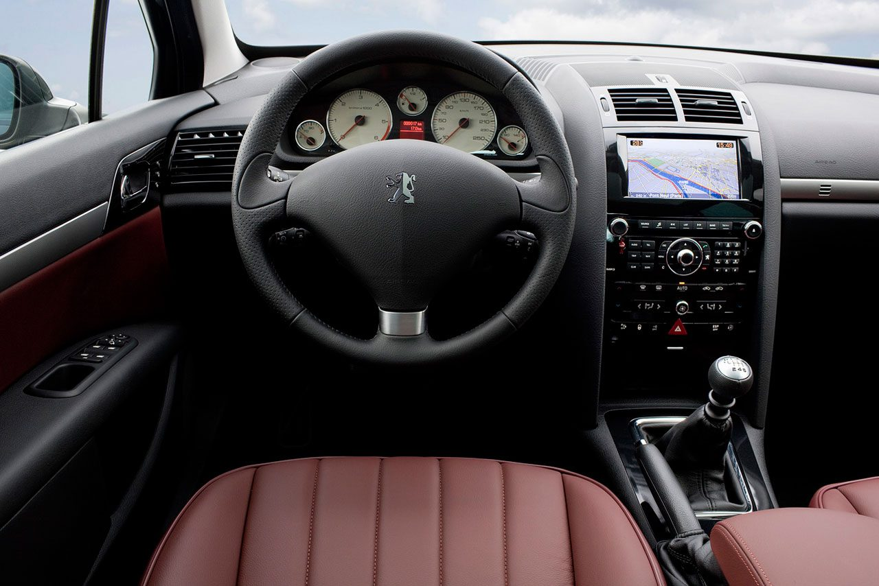 Peugeot 407 occasion video aankoopadvies for Interieur 407 coupe