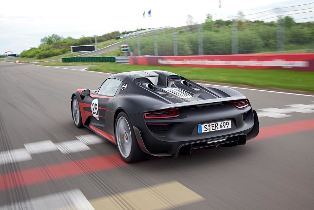 dit is de porsche 918 spyder van zlatan ibrahimovic. Black Bedroom Furniture Sets. Home Design Ideas