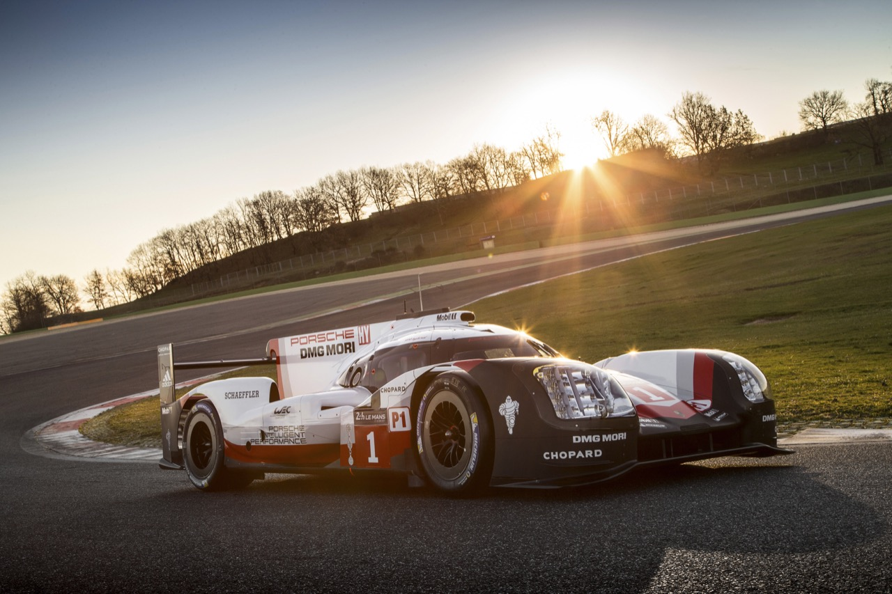 porsche onthult de nieuwe 919 le mans prototype. Black Bedroom Furniture Sets. Home Design Ideas