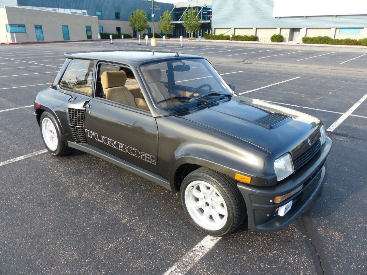 foto renault 0 divers renault 5 turbo 2 ebay renault 5 turbo 2 ebay zwart 01. Black Bedroom Furniture Sets. Home Design Ideas
