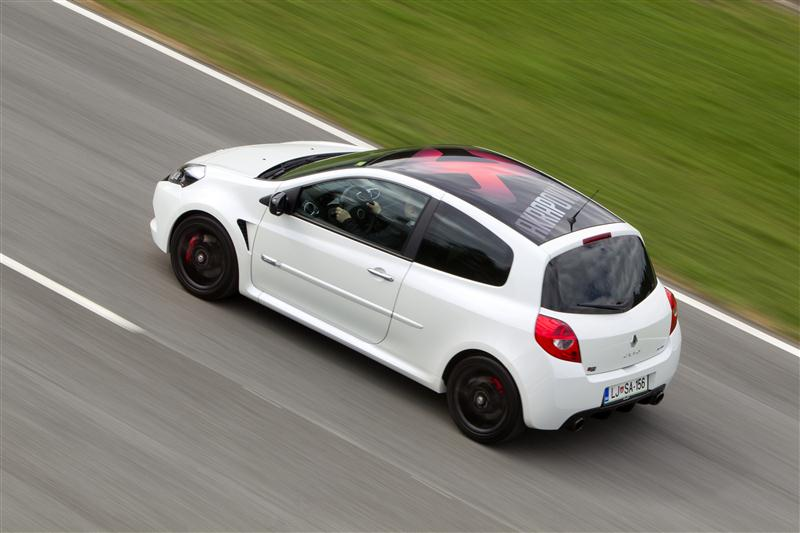 renault clio rs akrapovic. Black Bedroom Furniture Sets. Home Design Ideas
