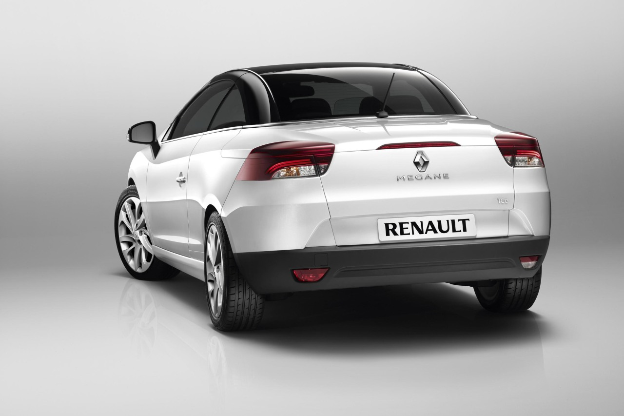 dit is de nieuwe renault megane cc. Black Bedroom Furniture Sets. Home Design Ideas