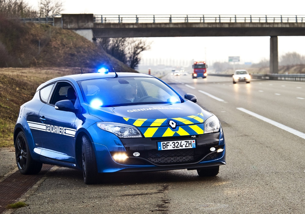 renault megane rs gendarmerie afbeeldingen. Black Bedroom Furniture Sets. Home Design Ideas