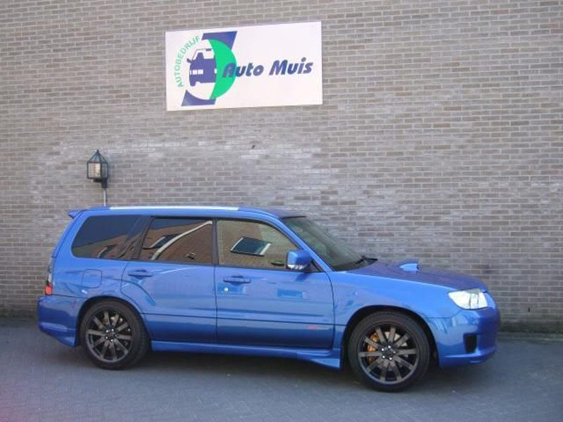 foto subaru 0 divers forester sti occasion forrester wrx 04. Black Bedroom Furniture Sets. Home Design Ideas