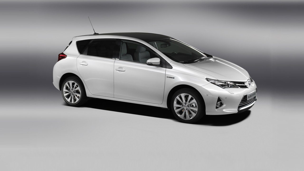 prijs toyota auris hybrid. Black Bedroom Furniture Sets. Home Design Ideas