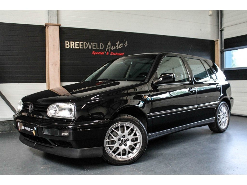 Is dit de laatste originele golf vr6 occasion van for Interieur golf 3 vr6