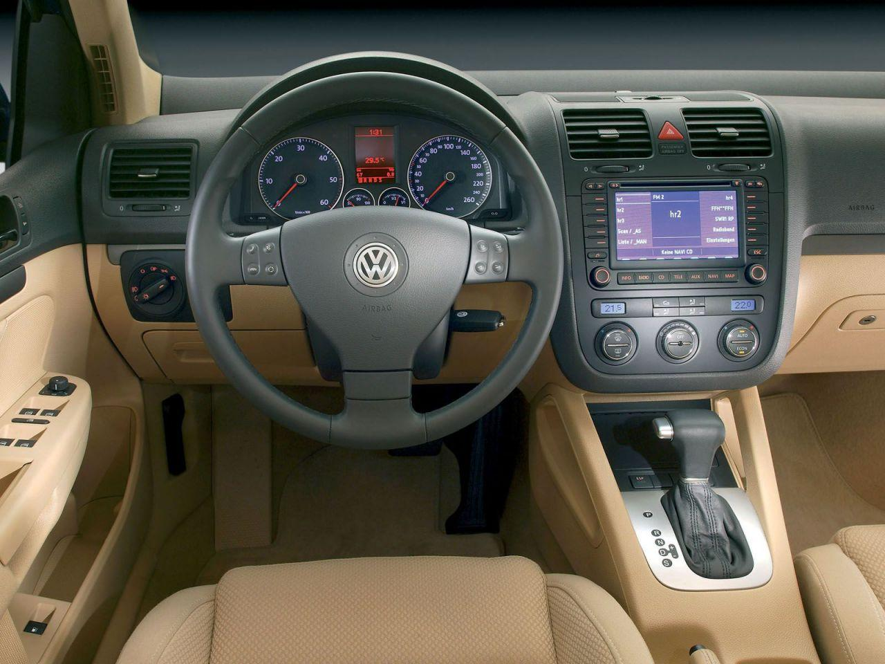 Volkswagen golf v occasion aankoopadvies for Interieur golf v gti