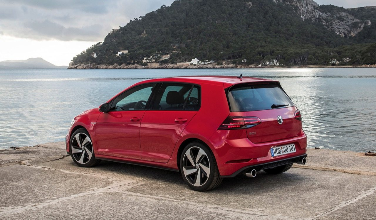 foto volkswagen golf vii gti performance facelift. Black Bedroom Furniture Sets. Home Design Ideas
